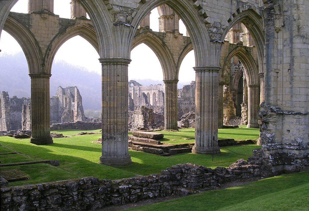 4 abbeys related keywords
