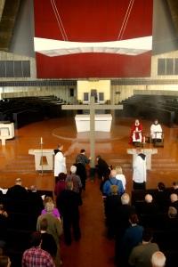 Good Friday: veneration of the Cross