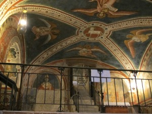 2.Stairs and Frescoes